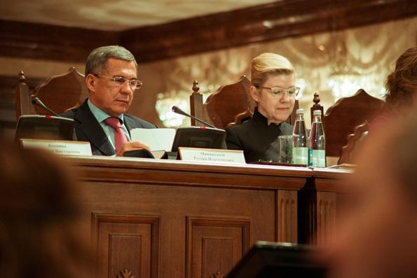 Елена Мизулина поддерживает инициативу Татарстана по усложнению процедуры развода