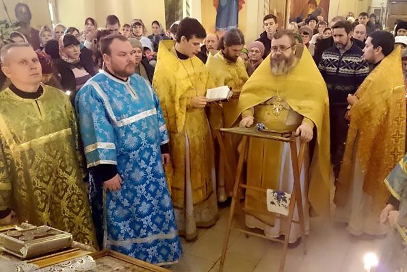 Молебен на новолетие в храме Воскресения Христова в Нижнекамске