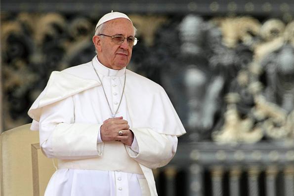 Вместе с беженцами в Европу могут попасть боевики, предостерегает папа Римский