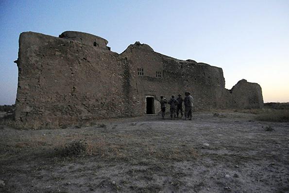 Боевики ИГ до основания разрушили старейший монастырь в Ираке