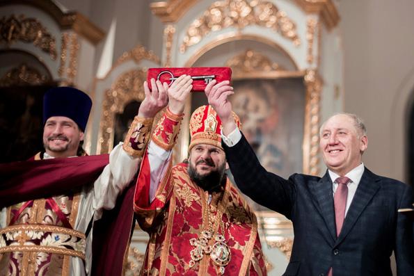 Смольный собор в Петербурге окончательно передали Церкви