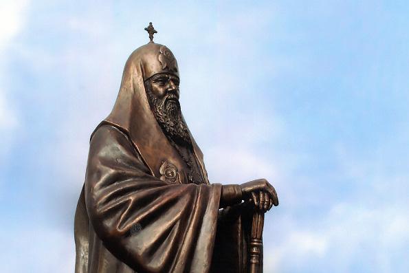 Власти Москвы одобрили установку бюстов 16-ти московских патриархов