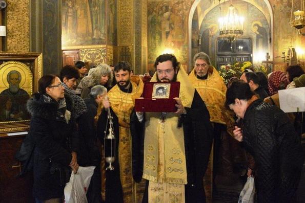 Русская Церковь передала болгарам частицу мощей святителя Луки Крымского