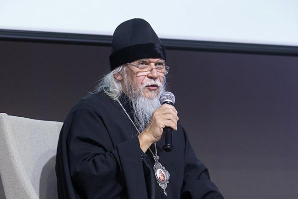 Епископ Пантелеимон: Причастие к страданиям других людей делает нас христианами