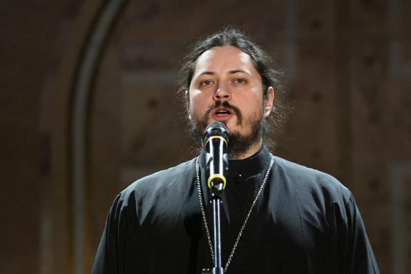 Монах-победитель шоу «Голос» жертвует средства от гастролей на храмы