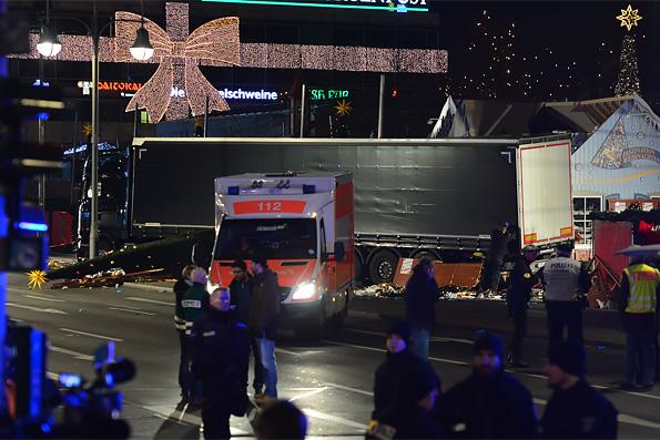 В связи с терактом в Берлине Патриарх Кирилл обратился к Меркель со словами поддержки