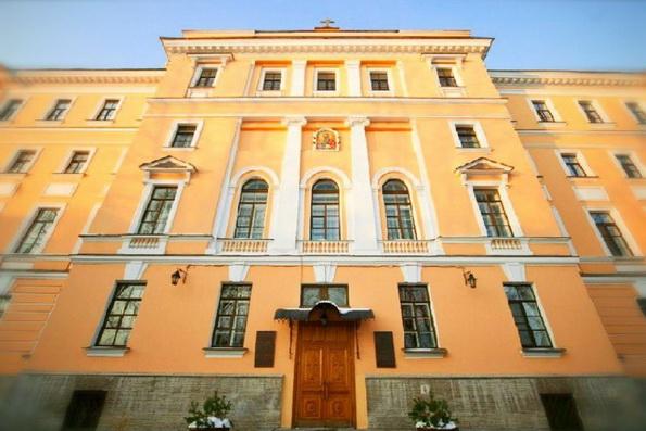 Духовные академии Москвы и Петербурга получили госаккредитацию