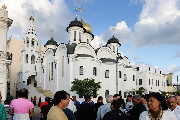 Святейший Патриарх Кирилл возглавил Литургию в храме Казанской иконы Божией Матери в Гаване