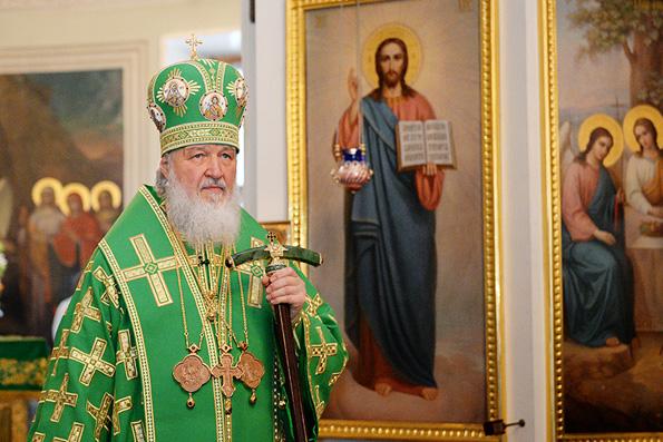 Патриарх помолился о жертвах авиакатастрофы в Ростове-на-Дону