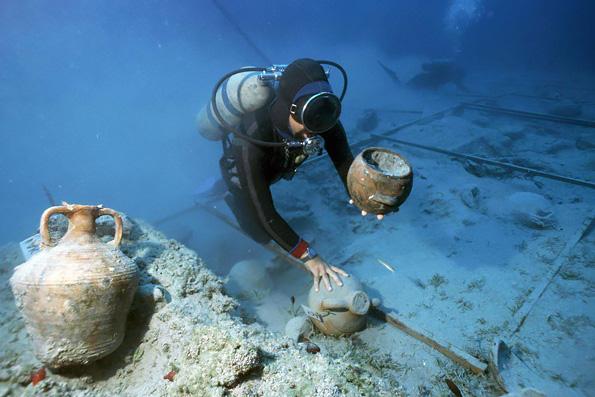 В Турции обнаружен подводный монастырь