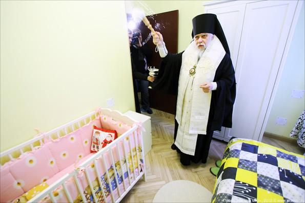 Русская Православная Церковь создаст более десятка приютов для мам по всей России