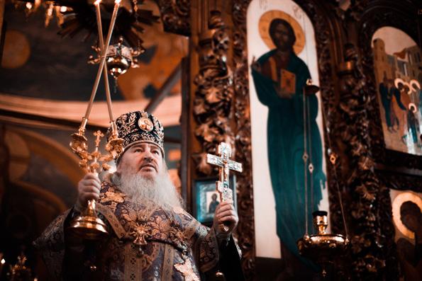 Литургией в храме святых Космы и Дамиана г. Набережные Челны началось посещение митрополитом Феофаном Закамского благочиния
