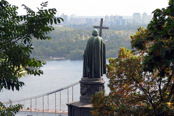 По всей территории Украины пройдет крестный ход за национальное примирение