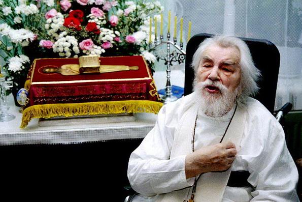Православные миссионеры просят канонизировать отца Иоанна (Крестьянкина)