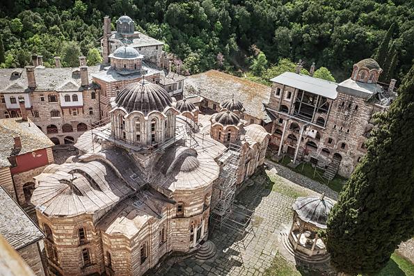 Монахи и старцы Афона назвали антиправославным Собор на Крите