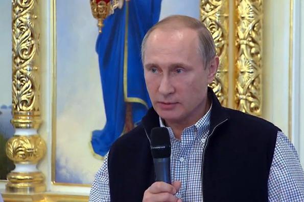 Президент России на Валааме призвал молиться о летчиках, погибших в Сирии