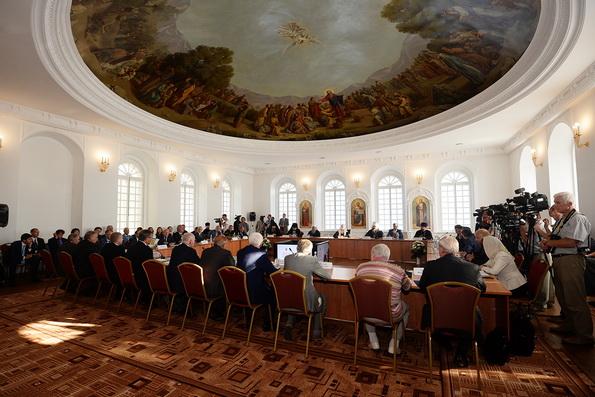 Патриарх Кирилл обеспокоен состоянием российской системы образования