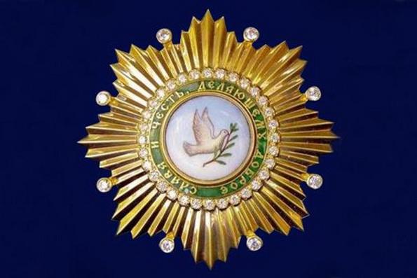 Глава Дагестана удостоен одной из высших наград Русской Церкви