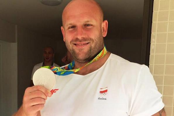 Польский дискобол продаст олимпийскую медаль, чтобы помочь онкобольному ребенку