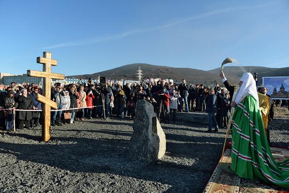 Патриарх Кирилл заложил храм в самом северном городе России