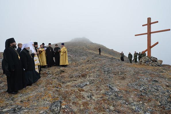 На самом востоке России Патриарх Кирилл помолился о мире