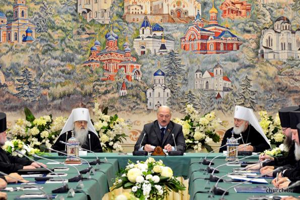 Авторитет и опыт Церкви востребованы как никогда, — Александр Лукашенко