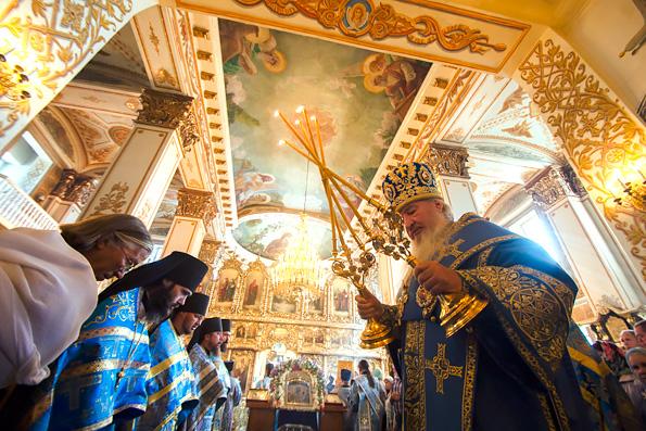 Престольный праздник Раифской обители возглавил митрополит Казанский и Татарстанский Феофан