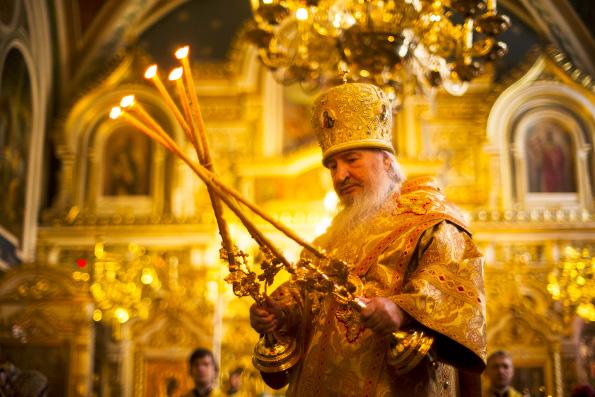 В Неделю о блудном сыне митрополит Феофан совершил Литургию в Никольском кафедральном соборе Казани