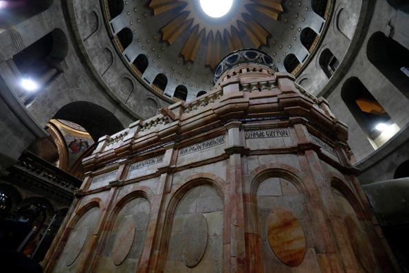 Завершилась первая за 200 лет реставрация Кувуклии Гроба Господня