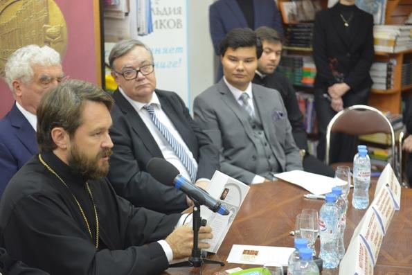 1 июня митрополит Иларион представит книгу о притчах Христа