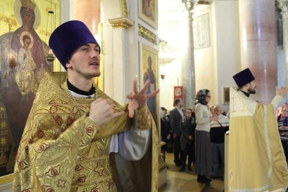 Создан  первый православный видеословарь жестового языка