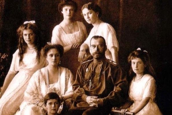 СКР разрешил Церкви публиковать материалы экспертиз по делу о царской семье