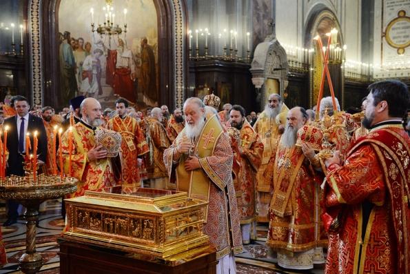 Принесение мощей Николая Чудотворца в год 100-летия революции символично, — Патриарх